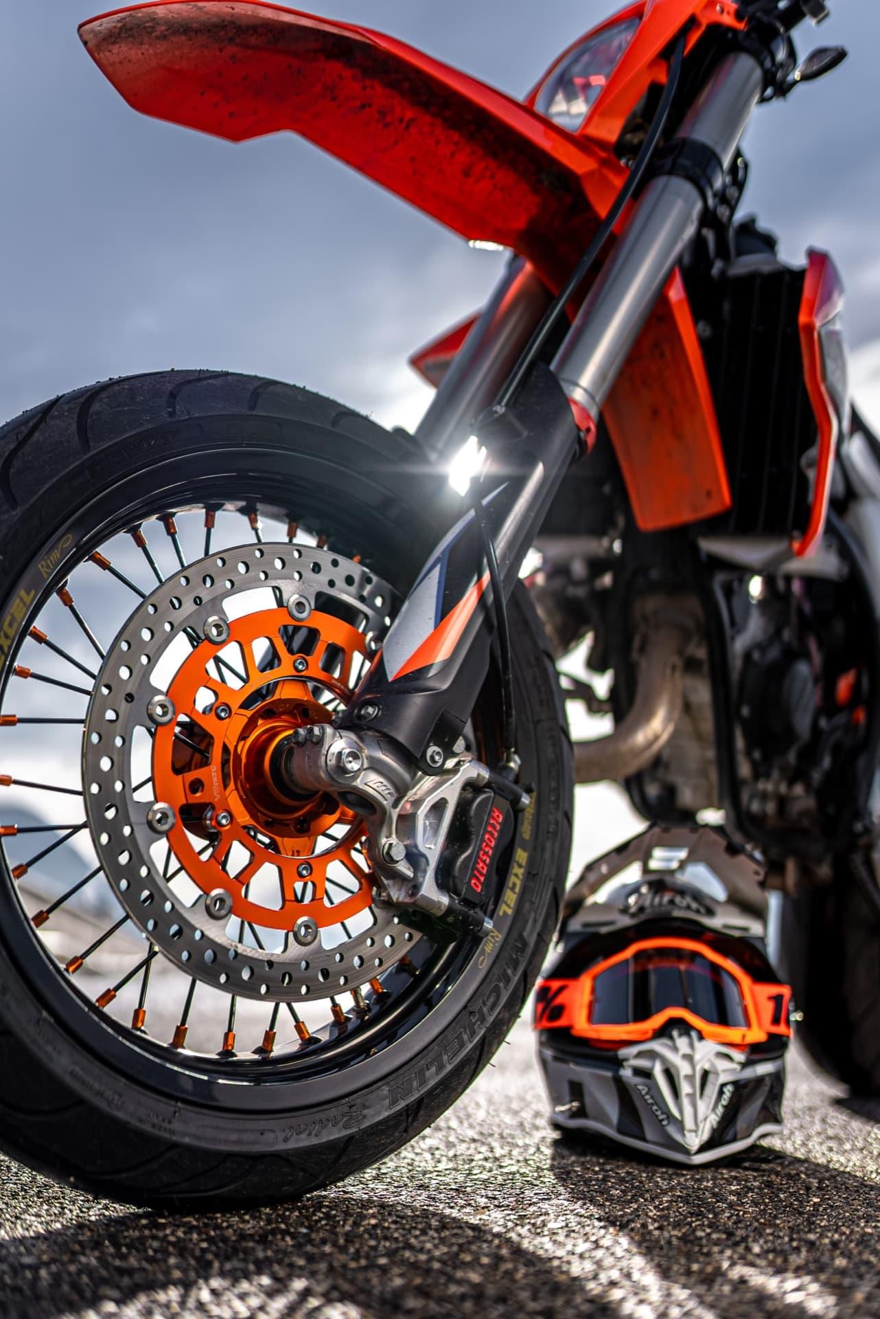 ¿Estudias o Trabajas?: Italika FT125 Sport - Motos